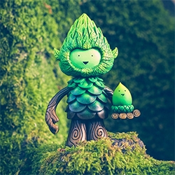 Miss Muju Kickstarter! Adorable new Tree Spirit Sculptures and Magic Acorns...