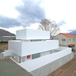 The Acrylic House by Takeshi Hosaka Architects is brilliant. They were able to do things with acrylic panels that simply cannot be done with glass...