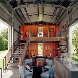 American Architect Adam Kalkin revolutionizes our idea of containers, he is an expert in turning containers into well decorated, sophisticated homes.