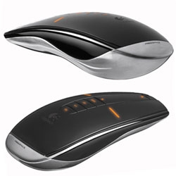 Ooooooh lusting after this crazy Logitech MX Air Mouse that is a hybrid mouse and remote!
