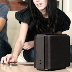 Audyssey Lower East Side Audio Dock Air ~ cute portable speakers that let you play music wirelessly over AirPlay from your apple goods.