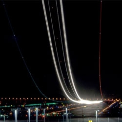 Airport, beautiful photo set of planes taking off and landing by Terence Chang (exxonvaldez).