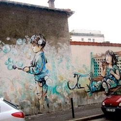 Beautiful new street art in Paris by Alicè.