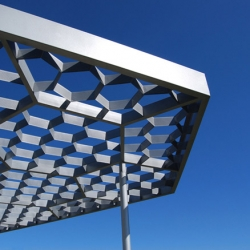 A canopy in front of the chilean sea, by oficina de arquitectura.