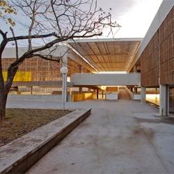 Stunning public school in Votorantim, Sao Paolo designed by Alvaro Puntoni.