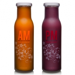 The Aviara AM/PM health drinks designed by Axis41. Two colors to define the day and night. Bold and clear!