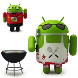 Android Summer Edition: Comic-Con Variant! Includes Fandroid with lanyard and badge and Griller with spatula and grill accessory. Both come packed in a special dual window box! So cute!