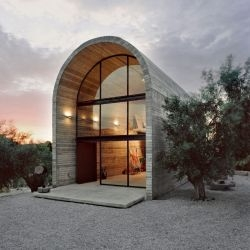 A31 Architecture have designed a workshop for an artist in Boeotia, Greece.