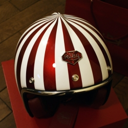 Beautiful helmet from Les Ateliers Ruby, designed by Jérôme Coste