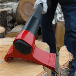 The Vipukirves Axe is a beautifully designed tool, which really improves the way you're chopping wood.