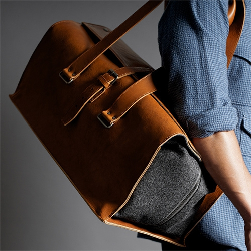 "Hard Graft 1st Edition Travel Bag Classic. ""A generously sized Italian leather and wool holdall that fully opens and luxuriously wraps around your clothes."""