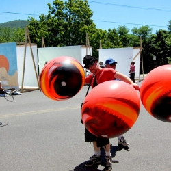 During Electric Windows 2010 in Beacon, NY - Artist Peat Wollaeger decided to Stencil some Balloons to put up during the event...See how it's done!!!!