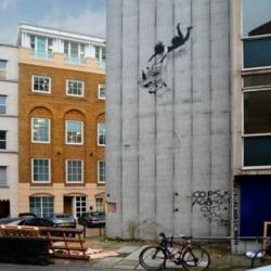 "New Banksy ""Shop Till You Drop"" Stencil in London?"