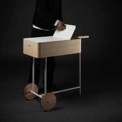 The classic trolley table is back and looks better than ever. Have some tea in style. Designed by Bao-Nghi Droste.