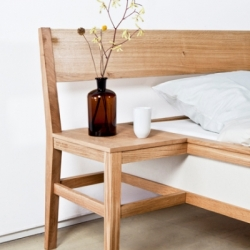 Designer Roy Letterle, aka Iero, merged 2 chairs and 1 bed in the piece 'Bed Blend'.