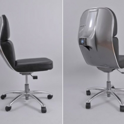 Great idea: The guys at spanish design studio Bel&Bel took some vintage Vespa parts and created these lovely chairs.