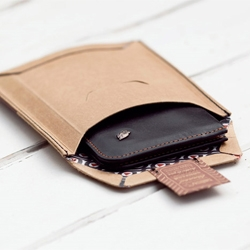 Great packaging from Australia based wallet manufacturer Bellroy.