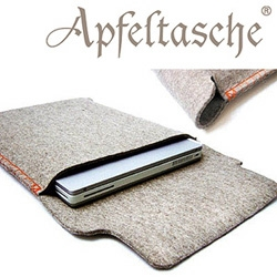 Apfeltasche. Yet another felt laptop sleeve for your MacBook