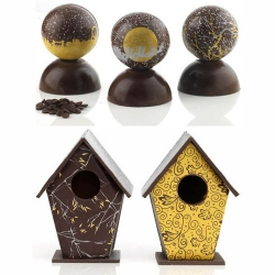 Artisan du Chocolat London's Christmas Snow Globes & Winter Chocolate Bird Houses! Shake the Christmas Snow Globes and you can hear the caramel, cocoa nibs & biscuit bits inside waiting to be eaten... yummy.