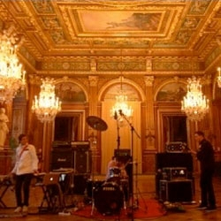 Battles shot by La Blogothèque at the Paris City Hall: a very special Take Away Show session.
