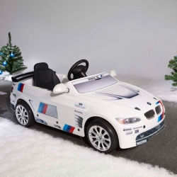 For next winter BMW comes up with this big toy for kids from 3 to 5 years. The scaled down model of the BMW M3 GT2 is available as pedal car or with a small e-engine.