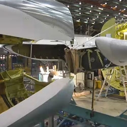 Time lapse video of the Boeing 777-200LR passenger jet being made in 2008.