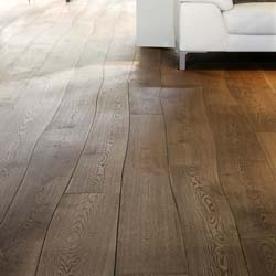 Bolefloor - It wasn't nature that created straight floorboards.