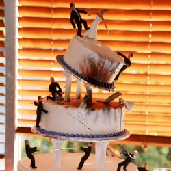 Cake Wrecks! the blog about OUTRAGEOUS cakes ranging from the hideous, the impractical, and the ingenious such as the Bond wedding cake pictured above.