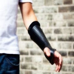 Cast with sensors ensures quick recovery from bone fractures