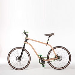 Your eyes do not deceive you: the elegant 'Bonobo' bicycle uses a bent-plywood frame. A clever blend of technology and nature from Polish designer Stanisław Płoski.