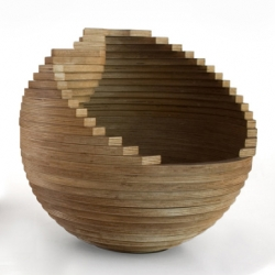 Designed by Alejandro Castro from Pirwi, the BOP wooden bowls came as a set of multi-purpose containers that can be used for fruit, plants, toys, newspapers or other objects.