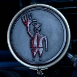 This is the Brake Light of the  1917 Packard Twin Six 2-35 All-Weather Landaulet ~ a Horseless Carriage.