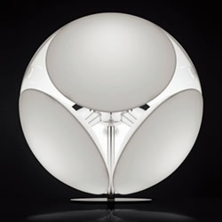 Designed by Valerio Bottin, the Foscarini 'Bubble' table lamps combines a chrome body, with a satin-finish polycarbonate diffuser.