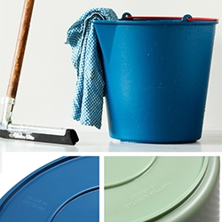 Drop Bucket by Xala - so lovely, so simple, and in fun colors! Made in Belgium. Designed by Sylvain Willenz.