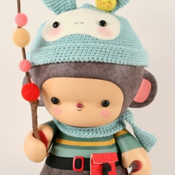 Kid Robot unveils their new Munnies at a SoHo art exhibit today, including this cutie from BukuBuku!