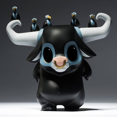 JPX x Coarse: Kwaii (Clomp) Designer Toy! Limited edition of 350.