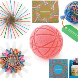 Bumble and Bumble's Holiday goodies for 2008 are here ~ and i am completely obsessing over the Bandball ~ 100 hair elastics on a Bb branded core perfectly sized not to stretch your hair things out, grooved to hold them in... cool gift boxes too!