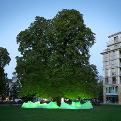 Bund (Friends of the Earth Germany) turned a tree into a musical instrument by installing a structure on the ground. Each chestnut falling on the structure generates a sound and a light.