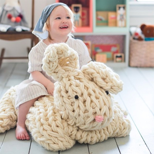 Flax & Twine Giant Arm Knit Bunny Kit