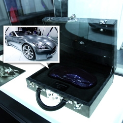 Infiniti Essence Concept car is stunning ~ and there is now a limited edition resin desk model which comes in a custom Louis Vuitton case