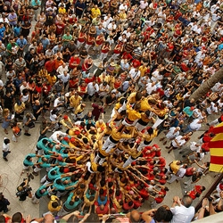 Great video of a Catalan tradition where teams building amazingly high towers using only their bodies as structure.