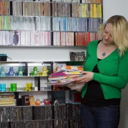 A day in the life of tea towel boutique ToDryFor.com - filled with colour co-ordination and cake!