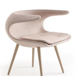 Frost – a futuristic lounge chair with classical references designed by Danish designers FurnID.