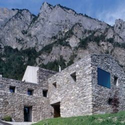 Mixing ancient and modern: Laurent Savioz' 'Conversion of a Dwelling' for an artist in Chamoson, Switzerland. Gorgeous.