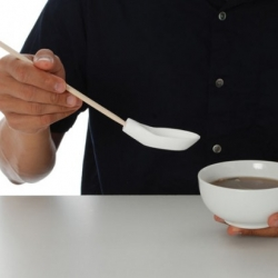 Chopsticks Plus One - an hybrid of chopsticks and spoon, that can be used together or separately.
