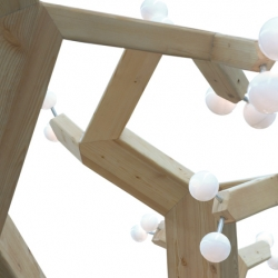 Christian Lessing's Math Tree – a mathematically inspired light installation.
