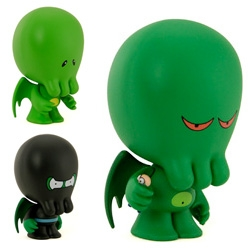 Dreamland Toyworks Mythos Buddies Blind Box figures! I totally want Meanthulhu and Little My Little Cthulhu ~ see the whole line, its adorably/hilarious