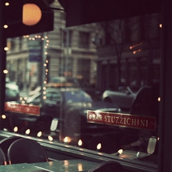 Cinemagraphs: Great photographs turned into gif-animations by Jamie Beck & Kevin Burg.