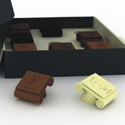 CIOCCOlatini are chocolates representing the most famous Latin philosophers, each one with a particular spice.