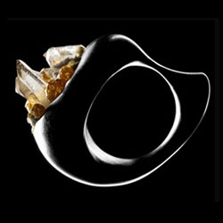 I saw this fantastic ring while reading URBIS magazine. Designer Christine J. Brandt is absolutely fantastic!